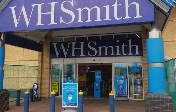 Tamworth WHSMITH Refit